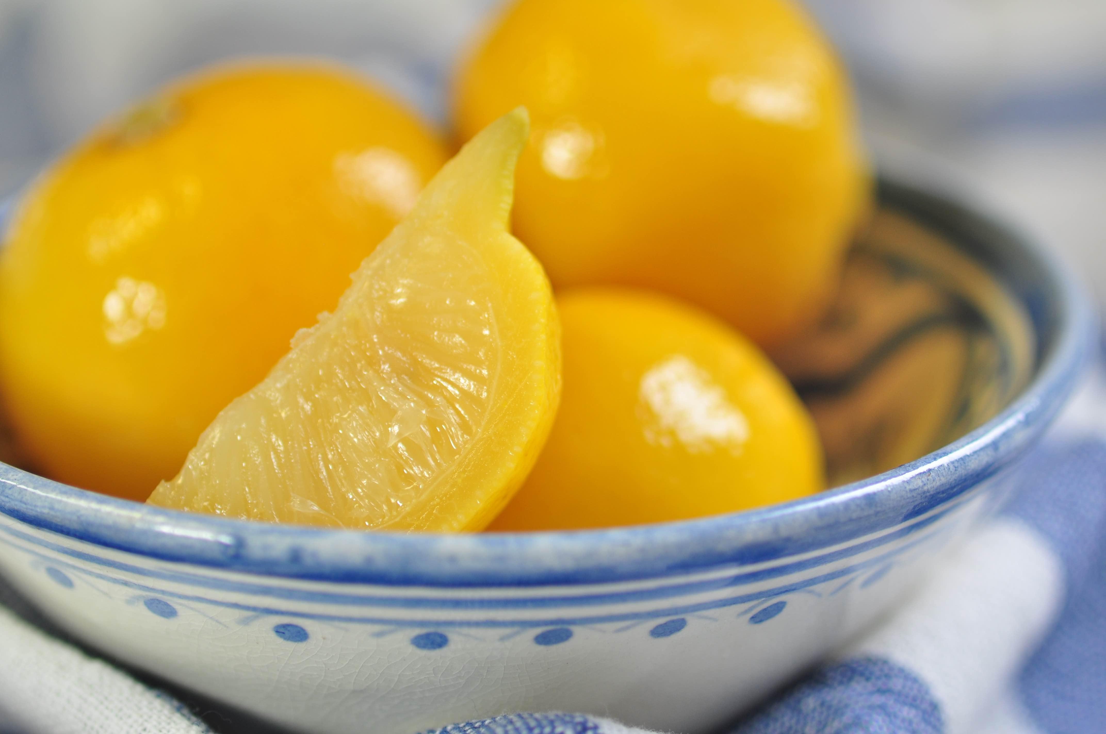 ingelegde_citroenen_closeup
