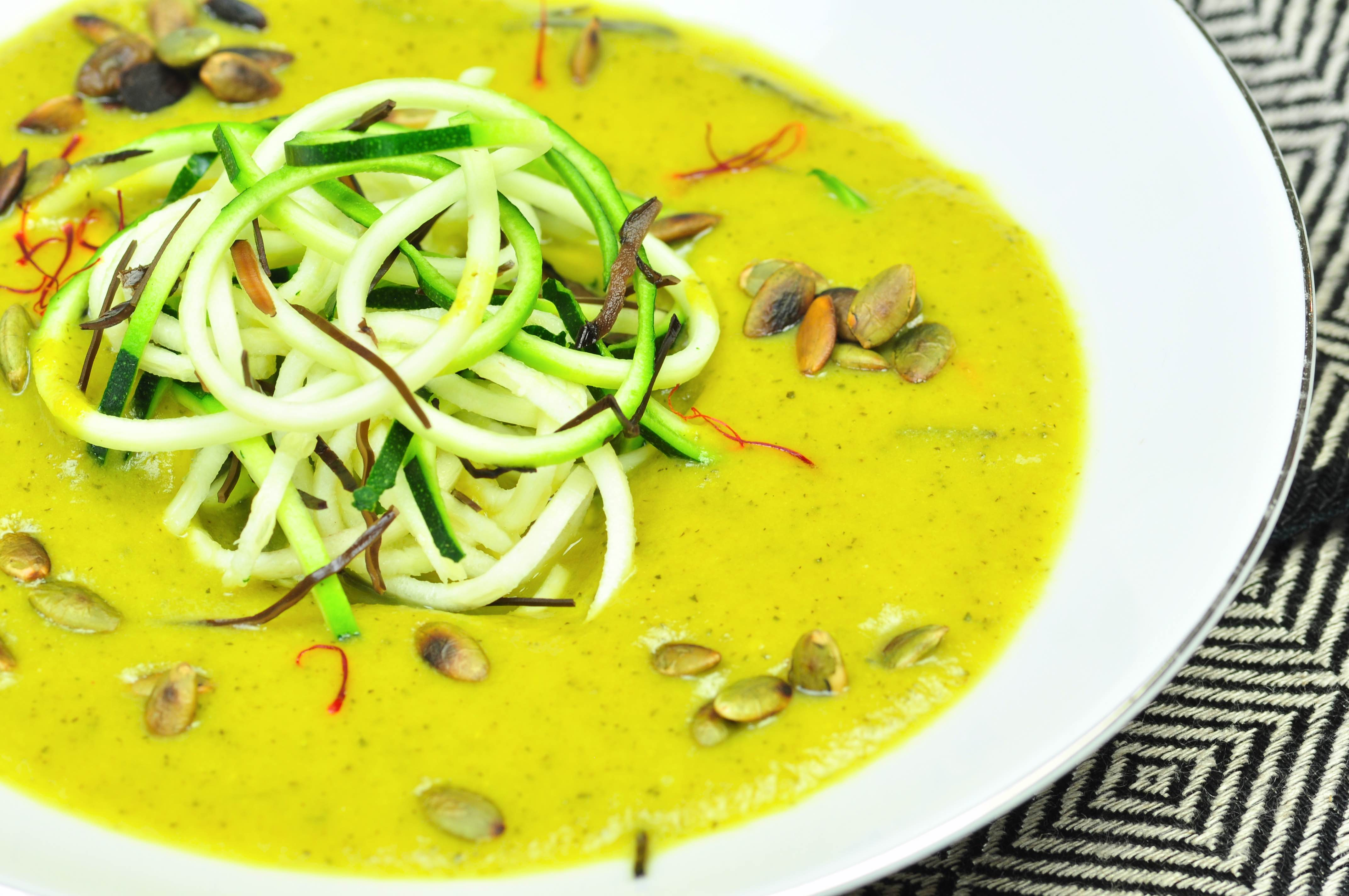 comforting_soup_with_courgette_and_saffron_closeup